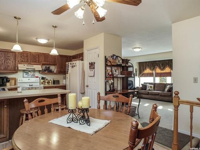 Additional photo for property listing at 4202 S 5275 W 4202 S 5275 W Hooper, 犹他州 84315 美国