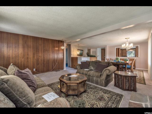 Additional photo for property listing at 3071 S LAKE Circle 3071 S LAKE Circle Millcreek, 犹他州 84106 美国