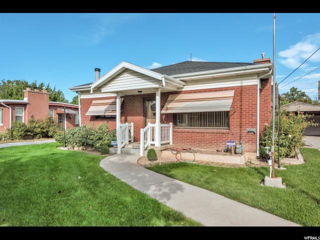 单亲家庭 为 销售 在 3071 S LAKE Circle 3071 S LAKE Circle Millcreek, 犹他州 84106 美国