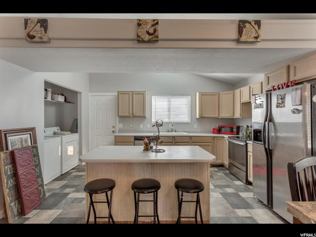 Additional photo for property listing at 484 E 670 N  Tooele, Utah 84074 United States