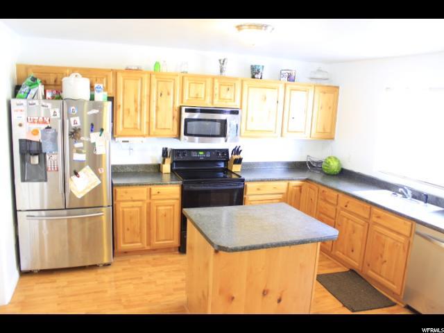 Additional photo for property listing at 12886 S CACTUS 12886 S CACTUS Riverton, Utah 84096 États-Unis