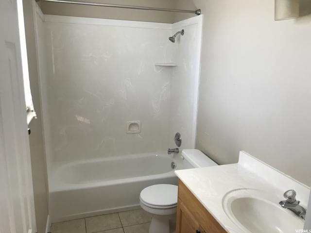 Additional photo for property listing at 1909 N 150 E  North Ogden, Utah 84414 États-Unis