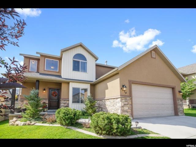 Single Family للـ Sale في 4074 E MOHICAN Drive 4074 E MOHICAN Drive Eagle Mountain, Utah 84005 United States