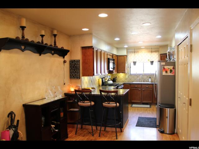 Additional photo for property listing at 798 E TARA Circle  Midvale, Utah 84047 États-Unis