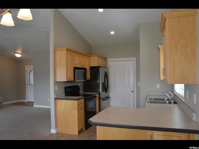 Additional photo for property listing at 458 E 2720 N 458 E 2720 N North Logan, Utah 84341 United States