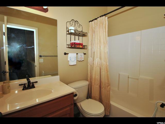 2064 N BOYSENBERRY DR Saratoga Springs, UT 84045 - MLS #: 1479283