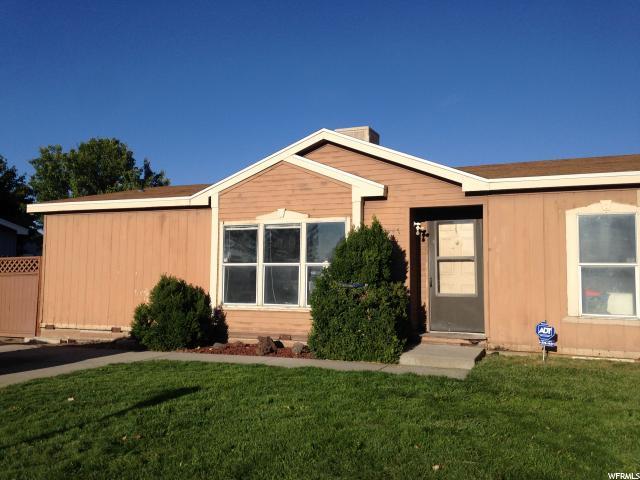 Unique la famille pour l Vente à 2947 S CALYPSO Street 2947 S CALYPSO Street West Valley City, Utah 84120 États-Unis