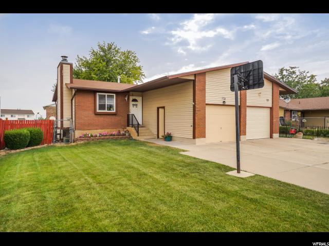 Casa unifamiliar adosada (Townhouse) por un Venta en 725 N 350 W 725 N 350 W Kaysville, Utah 84037 Estados Unidos