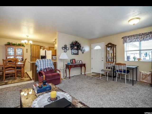 725 N 350 Kaysville, UT 84037 - MLS #: 1479363