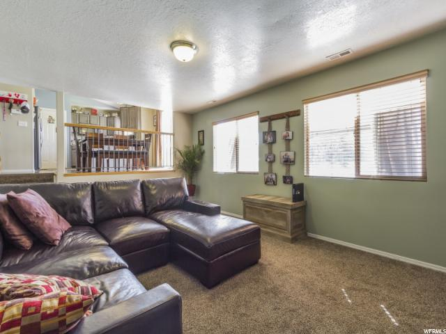 Additional photo for property listing at 2633 W 2580 N 2633 W 2580 N Clinton, Utah 84015 United States