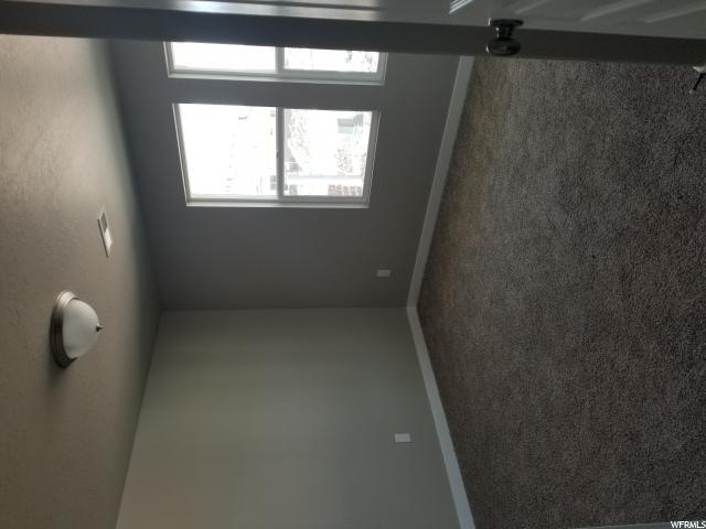 Additional photo for property listing at 3778 S 3375 W 3778 S 3375 W Unit: 25 West Haven, Юта 84401 Соединенные Штаты