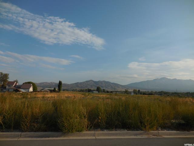 Additional photo for property listing at 1388 W 800 N 1388 W 800 N Lehi, Utah 84043 United States