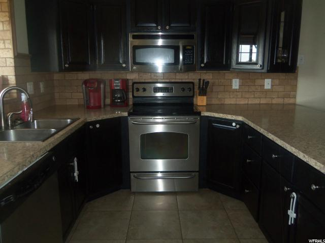Additional photo for property listing at 5887 S 3200 W 5887 S 3200 W Roy, Utah 84067 United States