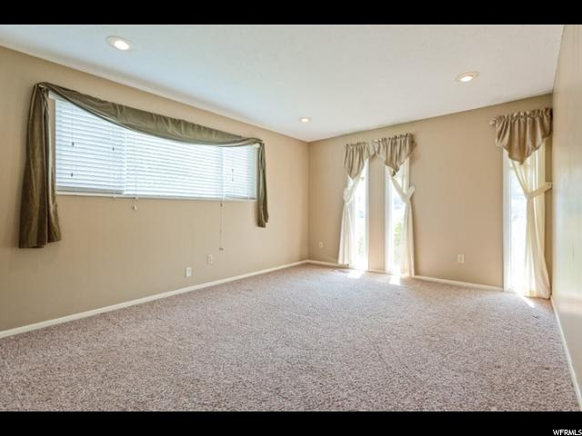 Additional photo for property listing at 1899 E 7130 S 1899 E 7130 S Cottonwood Heights, Utah 84121 États-Unis