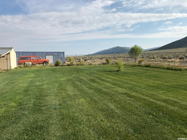 Additional photo for property listing at 2097 E 3770 N 2097 E 3770 N Burrville, Utah 84744 États-Unis