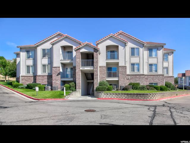 Appartement en copropriété pour l Vente à 1515 S 430 W 1515 S 430 W Orem, Utah 84058 États-Unis