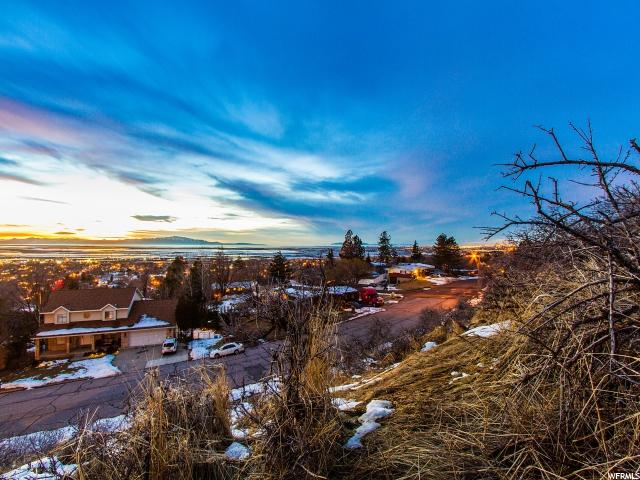 Additional photo for property listing at 1066 N OAKRIDGE Drive 1066 N OAKRIDGE Drive Centerville, Utah 84014 United States