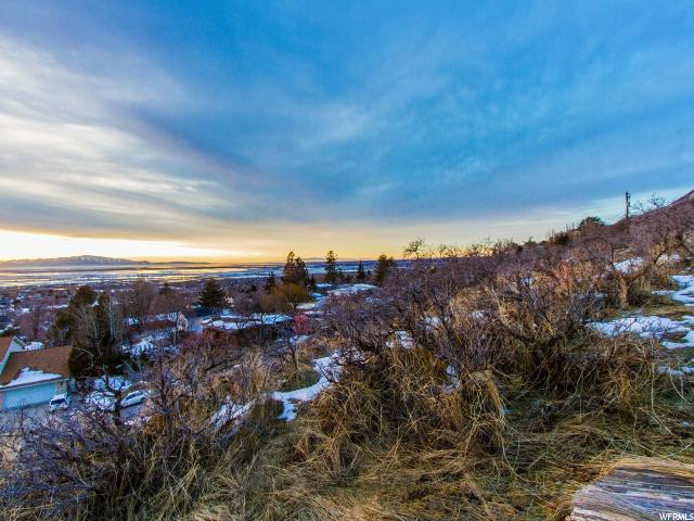 Additional photo for property listing at 1066 N OAKRIDGE Drive 1066 N OAKRIDGE Drive Centerville, Utah 84014 Estados Unidos