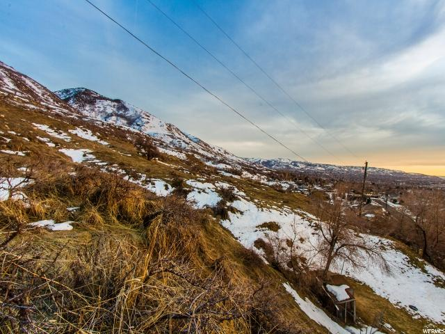 Additional photo for property listing at 1066 N OAKRIDGE Drive 1066 N OAKRIDGE Drive Centerville, Utah 84014 États-Unis