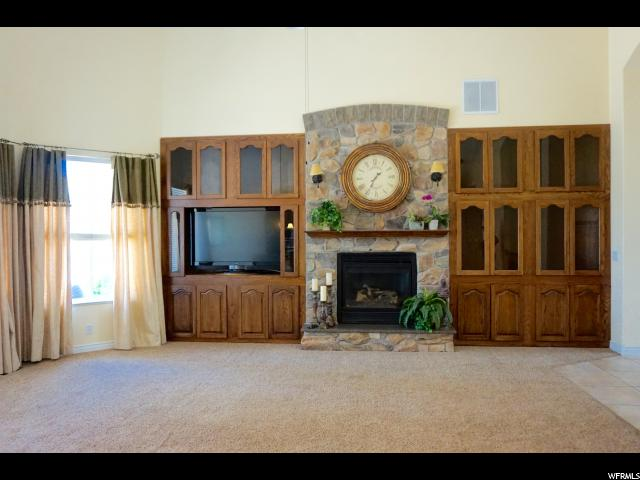 Additional photo for property listing at 11552 S LIZZI CV 11552 S LIZZI CV South Jordan, Utah 84095 États-Unis
