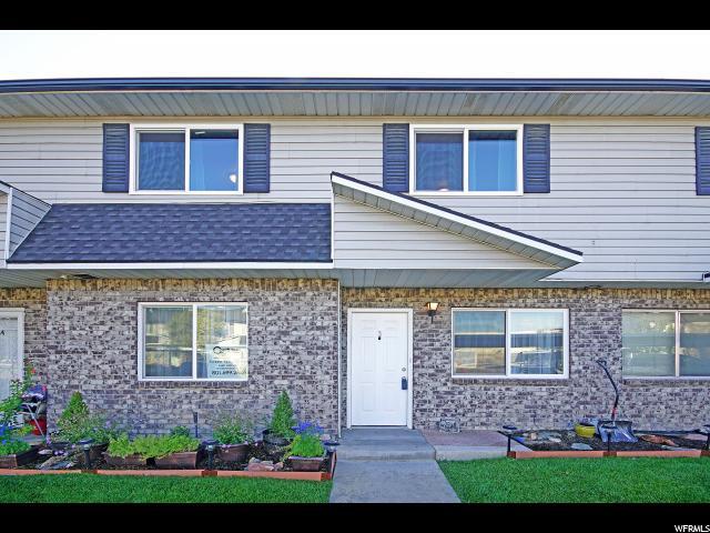 共管式独立产权公寓 为 销售 在 3913 W ROCKWOOD WAY 3913 W ROCKWOOD WAY Unit: B West Valley City, 犹他州 84120 美国