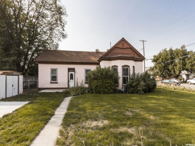 单亲家庭 为 销售 在 393 W 300 S 393 W 300 S 普若佛, 犹他州 84601 美国