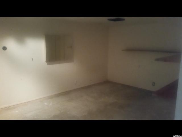 Additional photo for property listing at 7629 URANIUM Drive 7629 URANIUM Drive West Jordan, Utah 84084 États-Unis