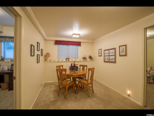 Additional photo for property listing at 1495 E MEADOWMOOR Road 1495 E MEADOWMOOR Road Holladay, Юта 84117 Соединенные Штаты