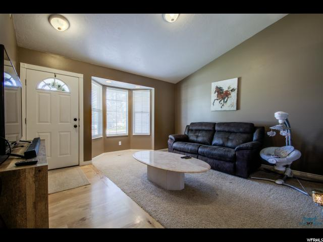 Additional photo for property listing at 476 E 560 S 476 E 560 S Santaquin, 犹他州 84655 美国