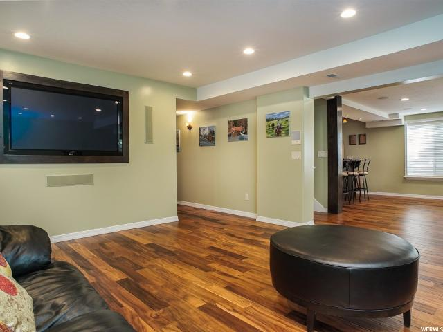 Additional photo for property listing at 11942 S HIDDEN BROOK Boulevard 11942 S HIDDEN BROOK Boulevard Sandy, Юта 84092 Соединенные Штаты