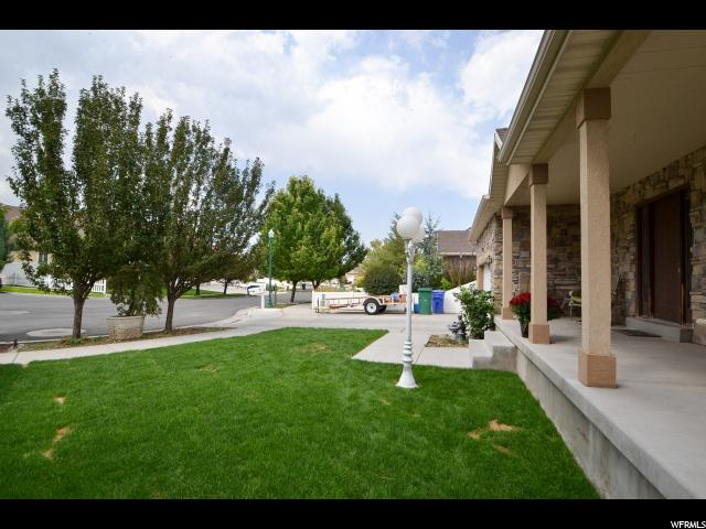 Additional photo for property listing at 13789 S ADMIRAL Drive 13789 S ADMIRAL Drive 里弗顿, 犹他州 84096 美国