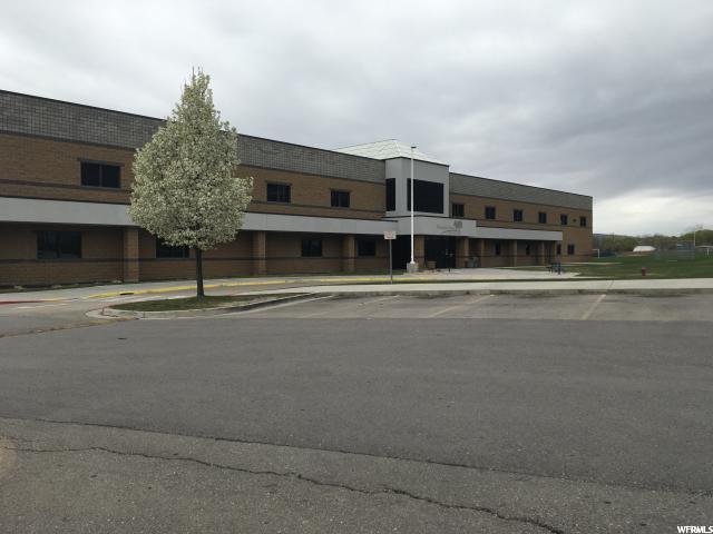 Additional photo for property listing at 980 E 200 S 980 E 200 S Pleasant Grove, Utah 84062 États-Unis