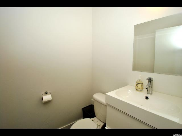 Additional photo for property listing at 225 E 2700 S 225 E 2700 S 盐湖城市, 犹他州 84115 美国