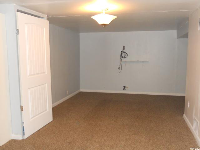 Additional photo for property listing at 260 S BROOKSIDE Drive 260 S BROOKSIDE Drive Springville, Utah 84663 États-Unis