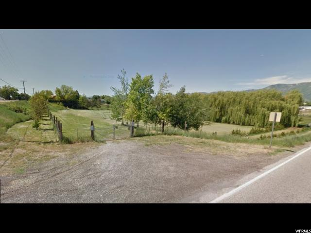 Additional photo for property listing at 98 S 200 W 98 S 200 W Hyrum, Utah 84319 États-Unis