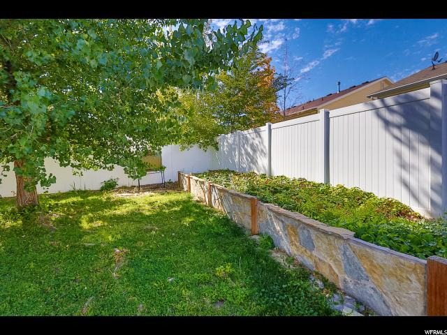 Additional photo for property listing at 8558 S 6465 W 8558 S 6465 W West Jordan, Utah 84088 United States