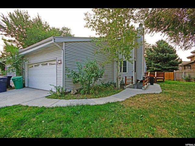 Lits Accueil pour l Vente à 782 E VILLAGE Circle 782 E VILLAGE Circle Sandy, Utah 84094 États-Unis