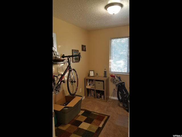 Additional photo for property listing at 438 E ROSEWOOD Lane 438 E ROSEWOOD Lane Unit: 8 Layton, 犹他州 84041 美国