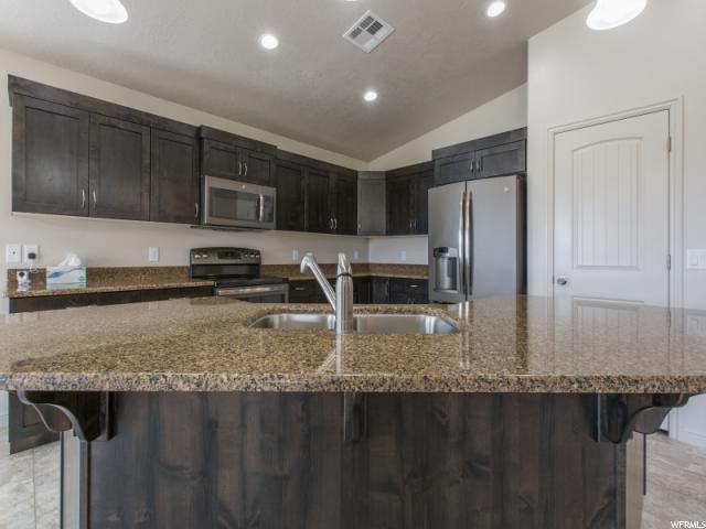 Additional photo for property listing at 3621 W 200 N 3621 W 200 N Hurricane, Utah 84737 United States