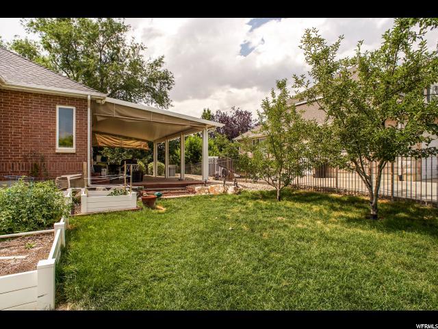 Additional photo for property listing at 918 W 2525 S 918 W 2525 S Syracuse, Utah 84075 Estados Unidos