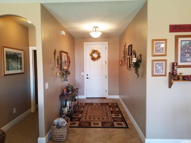 Additional photo for property listing at 2356 W 4300 N 2356 W 4300 N Cedar City, 犹他州 84721 美国