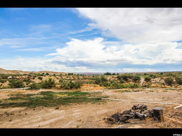 Additional photo for property listing at 6318 E ASHLEY CREEK Road 6318 E ASHLEY CREEK Road Vernal, Utah 84078 Estados Unidos