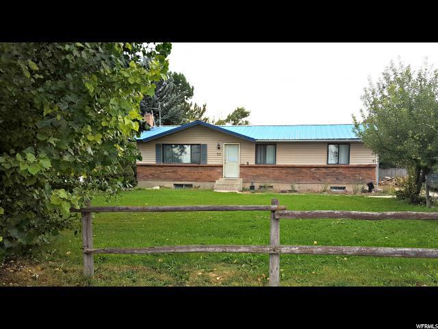 Unique la famille pour l Vente à 53 S 400 W Newton, Utah 84327 États-Unis
