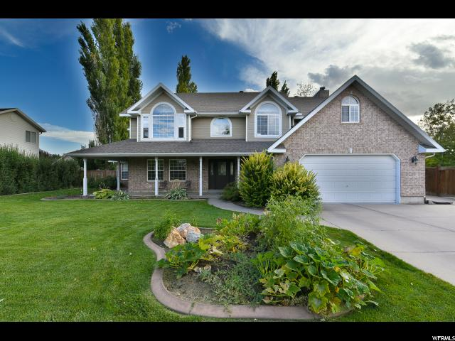 单亲家庭 为 销售 在 929 MEADOWLARK Lane 929 MEADOWLARK Lane West Bountiful, 犹他州 84087 美国