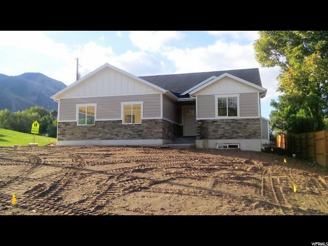 单亲家庭 为 销售 在 1491 21ST Street 1491 21ST Street 奥格登, 犹他州 84401 美国