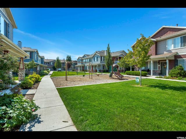 Кондоминиум для того Продажа на 36 S 1580 W 36 S 1580 W Unit: W4 Pleasant Grove, Юта 84062 Соединенные Штаты