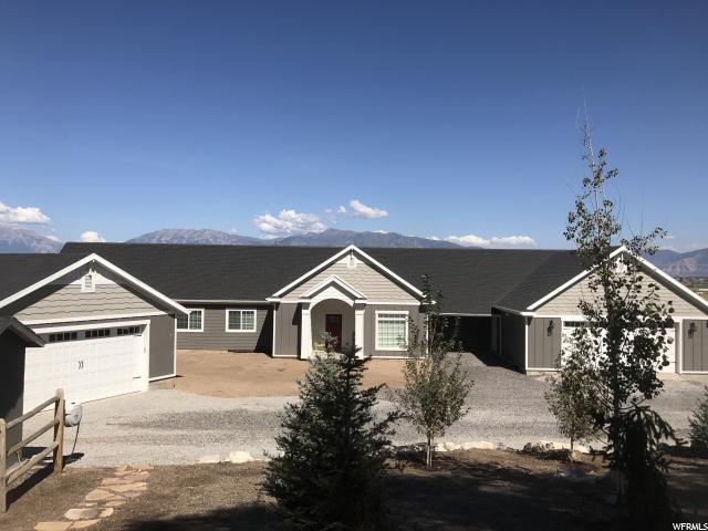 Unique la famille pour l Vente à 6308 W 6320 S 6308 W 6320 S Spanish Fork, Utah 84660 États-Unis
