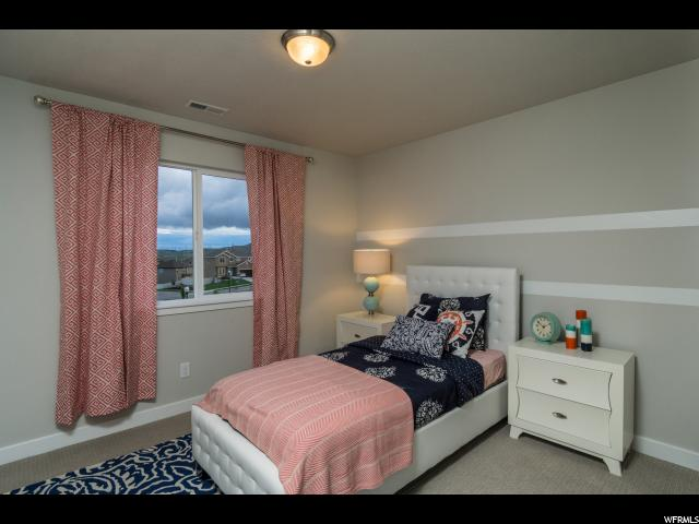 Additional photo for property listing at 29 E BLUE HERON Drive 29 E BLUE HERON Drive Unit: 211 Saratoga Springs, Utah 84045 États-Unis