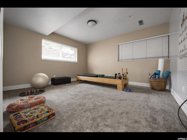 Additional photo for property listing at 1760 E 4620 S 1760 E 4620 S Millcreek, Utah 84117 Estados Unidos