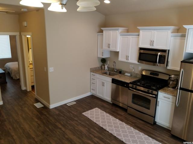 Additional photo for property listing at 3683 W LILAC Drive 3683 W LILAC Drive Unit: 35-6 South Jordan, Utah 84095 Estados Unidos
